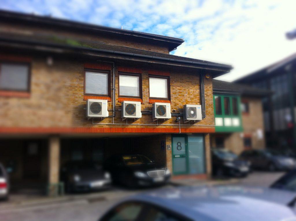 8 Red Lion Court, Alexandra Road, Hounslow, TW3 1JS _02